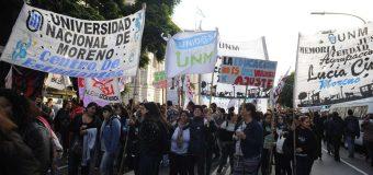 """""""Los docentes universitarios se suman a los cuatro días de paro nacional decretado por los gremios"""", Clarín"""