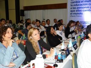 Compañeras de ADULP, CODIUNNE, ADIUC; ADUNOBA, FEDUBA en la Conferencia