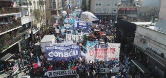 Contundente movilización universitaria, en unidad contra el ajuste y por mayor presupuesto